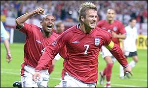 David Beckham and Trevor Sinclair celebrate England's opening goal