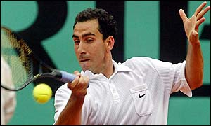 Albert Costa lost only one game in the first two sets