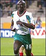 Bouba Diop scores against France