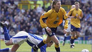 Robbie Savage in action for Leicester City