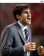 Turkey coach Senol Gunes