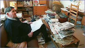 Bill McLaren does his homework before a big match