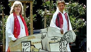 Gisela Forster (L) and Christine Mayr-Lumetzberger