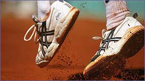The famous red cray of Roland Garros