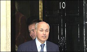 Iain Duncan visits Downing Street on Thursday