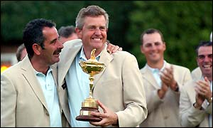 Sam Torrance and Colin Montgomerie savour the Ryder Cup win