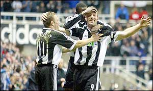 Newcastle celebrate Alan Shearer's goal