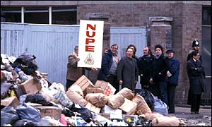 Council workers picketing during the 1979 winter of discontent