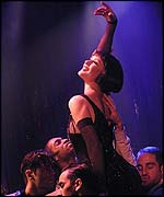 Catherine Zeta Jones stars in Chicago