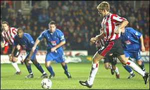 James Beattie steps up to score a penalty for Southampton