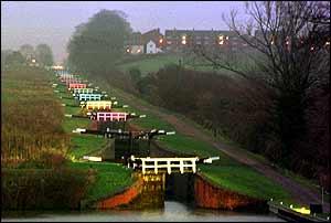 Locks in multicolour   British Waterways