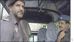Sindh police arrest suspected militants