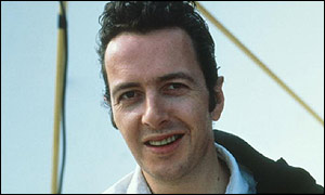 Strummer pictured in 1986
