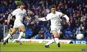 Barry Ferguson scores Rangers' first goal