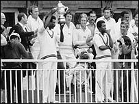Clive Lloyd holds the 1979 World Cup aloft