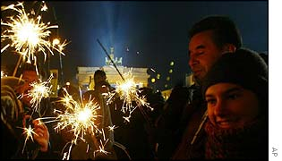 Germans see in the New Year by the Brandenburg Gate