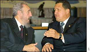 Fidel Castro (L) and Hugo Chavez