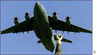 US C-17 cargo plane takes off from Incirlik air base, Turkey