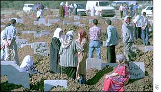 Mourning for the victims of Algerian civil war