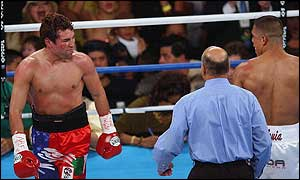 Oscar de la Hoya stopped Fernando Vargas in September