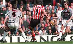 Manchester United losing to Southampton in 1996