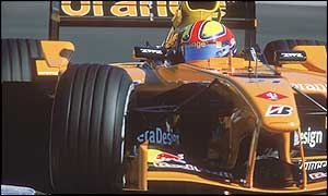 Enrique Bernoldi driving a 2002 Arows