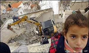 Hamas member's house being demolished in Silwan