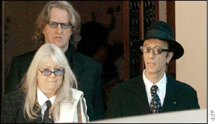 Robin Gibb and other mourners at the funeral
