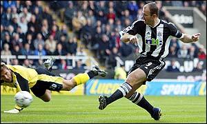 Newcastle striker Alan Shearer