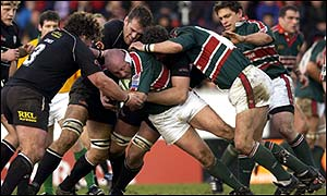 Duncan Jones of Leicester Tigers in action against Neath