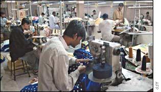 Textile workers in Karachi