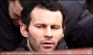 Ryan Giggs starts on the bench against Chelsea