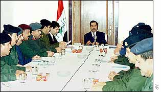 Saddam chairs cabinet meeting (Iraqi photo)