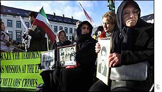 Relatives of alleged Iranian torture victims demonstrate in Brussels