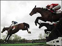 Action from the 2000 Cheltenham Gold Cup