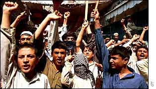 pro-Taleban demonstration in Karachi October 2001