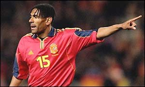 Vicente Engonga in action for Spain