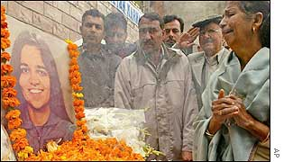 People in Karnal town pay tribute