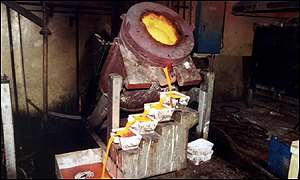 Ashanti gold being made into ingots