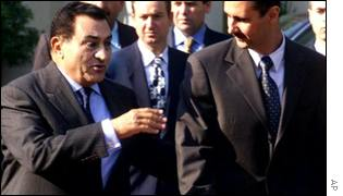 Egyptian President Hosni Mubarak, left, and his Syrian counterpart Bashar Assad