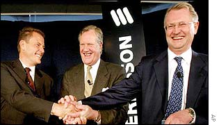 Carl-Henric Svanberg (left) join hands with Michael Treschow (middle) and Kurt Hellstrom (right)