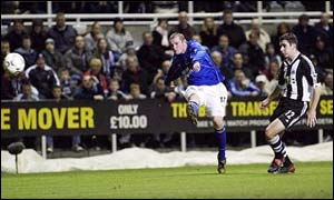 Rooney will be protected by Beckham on England duty
