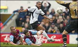 Steve Marlet scores against Aston Villa