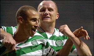 Henrik Larsson and John Hartson celebrate