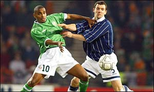 Clinton Morrison challenges Christian Dailly