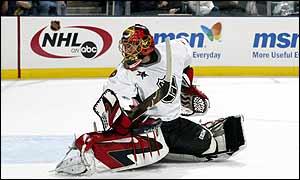 Ottawa Senators goaltender Pat Lalime