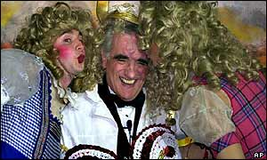 Martin Scorsese with members of Harvard's Hasty Pudding Society