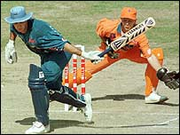 Graeme Hick batting in Peshawar