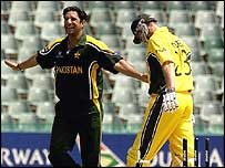 Wasim Akram takes the wicket of Matthew Hayden during Pakistan's opening World Cup match
