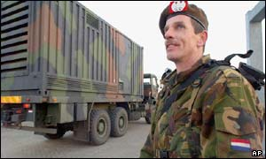 Dutch Army convoy carrying Patriot anti-missile systems to Turkey